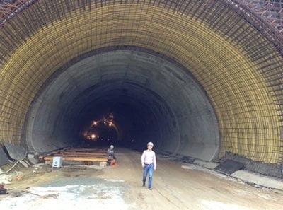 Dùng màng chống thấm HDPE thi công hầm đường bộ