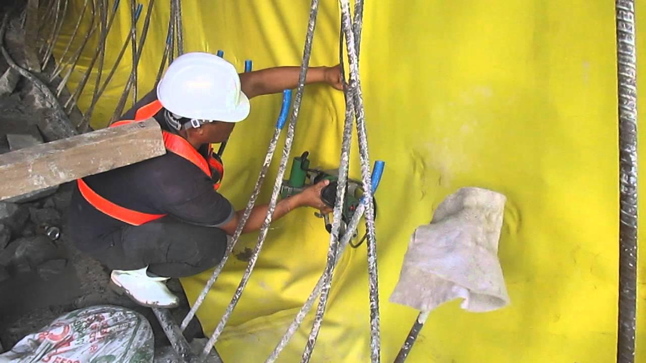Dùng vải địa kỹ thuật màng chống thấm HDPE để thi công hầm đường bộ